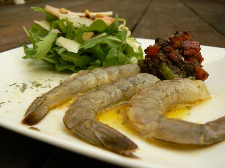 Carpaccio de crevettes à l'huile de thym