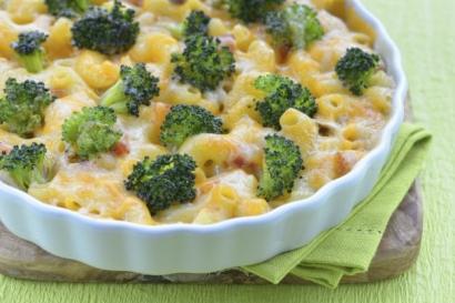 Gratin de macaronis au brocoli et au jambon