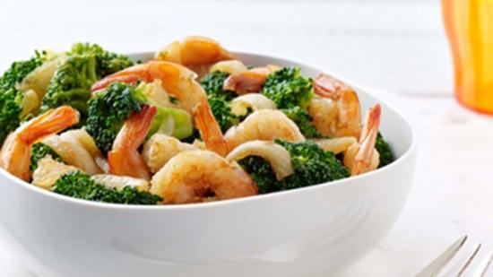 Crevettes sautées au brocoli