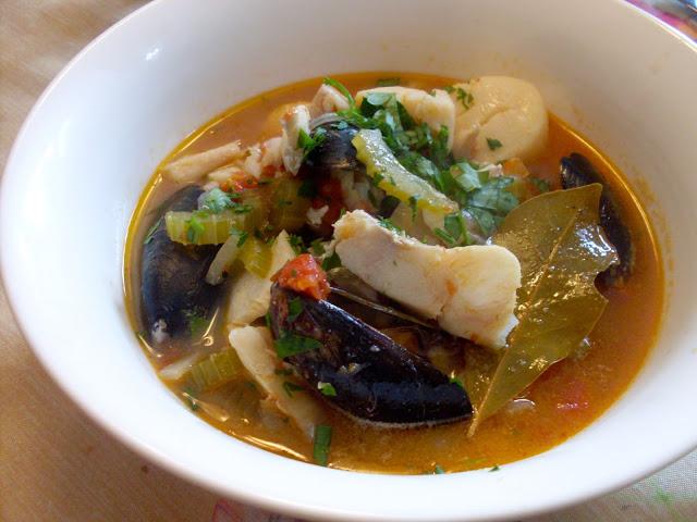 Soupe de poisson et fruits de mer