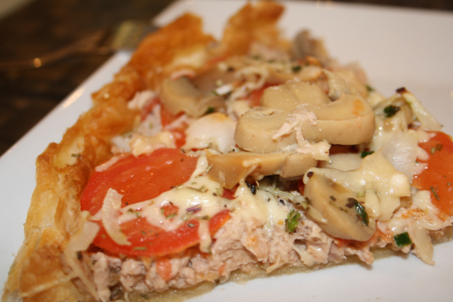 Tarte Tomate, Thon, Mozzarella et Champignons