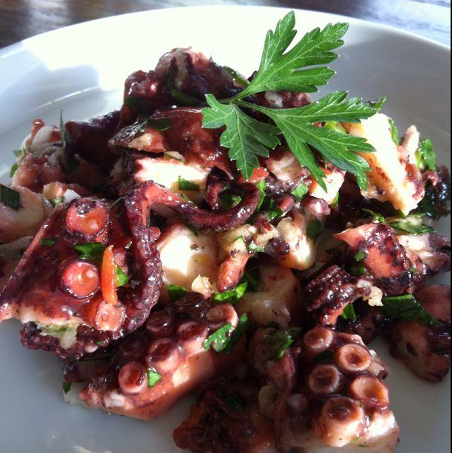 Poulpe en salade ail et persil