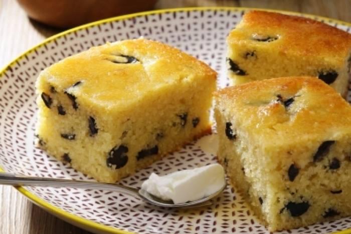 Cake Semoule Et Olive Noires