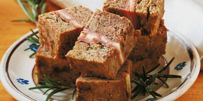 Polpettone (pain de viande) farci à la mortadelle